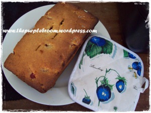 strawberry-almond-nut-bread-003