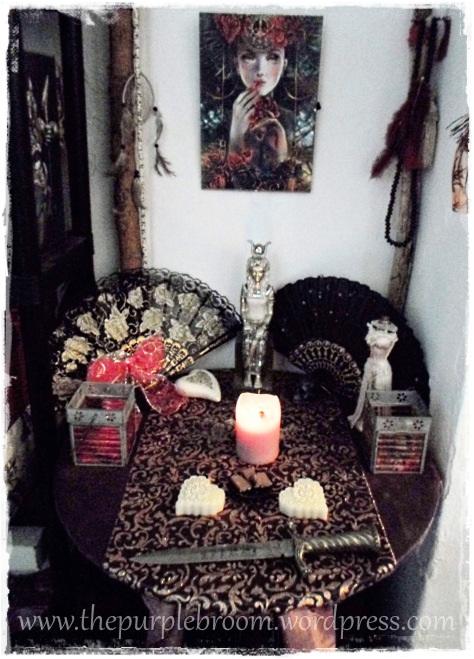 hathor-altar